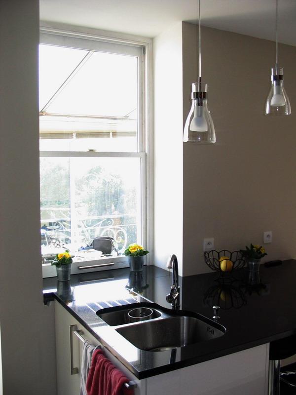 Systeme pour fermer la cuisine salle manger - Repose plat pour plan de travail ...
